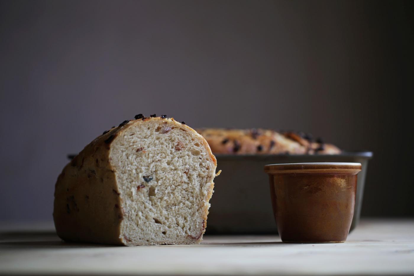 pan de tocino con cebolla morada